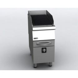 Elektryczny grill na lawie...