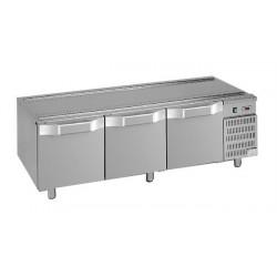 Podstawa chłodnicza pod urządzenia stołowe, linia Domina 700, 1600x700x600 mm, 3 szuflady